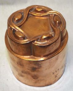 Antique BENHAM & FROUD COPPER MOLD Tin Lined JELLY CAKE Signed Hallmarked GOTHIC