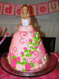 Barbie doll cake at a Barbie Party #barbie #partycake