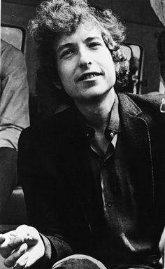"""RT @GQfashion: """"People seldom do what they believe in. They do what is convenient, then repent."""" - Bob Dylan http://gqm.ag/JsJD4P"""