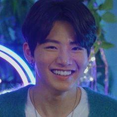 Baby Koala, Korean Street Fashion, Treasure Boxes, Boyfriend Material, Boy Groups, Idol, Handsome, Bae, Honey