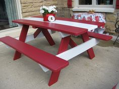 Simple Red And White Table
