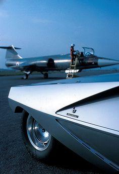 Lancia Stratos Zero   Bertone... + Lockeed F104 Starfighter   Kelly Jonson