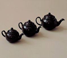 The Brown Betty teapot has its origins in the century when English potters copied the spherical shape of Ming Dynasty Chinese porcelain imports. Unfortunately the white clay available at that time would crack with repeated exposure to boiling water, Brown Betty, Kitchen Necessities, White Clay, Tea Time, Tea Pots, Eat, Tableware, British, Collection
