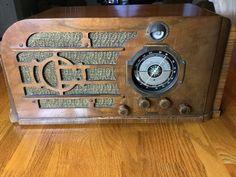 Vintage C 1938 Knight Tabletop Tube Radio Model 46AE 108K   eBay