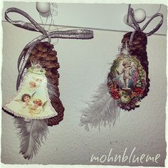Ein Tannzapfen,eine Feder,Weihnachtsbildli,Draht und ein Bändel-fertig ist eine kleine weihnächtliche Deko ♥  Wünsche einen schönen entspannten Abend ★  #basteln #bastelzeit #bastelnmitkindern #advent #weihnachtsdeko #diy #weihnachtsdiy #deko #decoration #weihnachten #bändel #band #feder #tannzapfen #zapfen #draht #natur #bild #engel #angel #pics #bildmitengel #doityourself #kreativ #creative #christmas #abend #evening #schönerabend #mohnblueme19