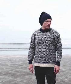 Færøsk strikkebog af Svanhild Strøm & Marjun Biskopstø – Køb bogen her Fair Isle Knitting Patterns, Crochet Patterns, Handicraft, Knitwear, Sweaters, Cardigans, Men Sweater, Vest, Wool