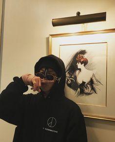 gdragon Seungri, Ji Yong, Jung Yong Hwa, Dragons Tumblr, G Dragon Instagram, G Dragon Fashion, Korean Boys Ulzzang, Bigbang G Dragon, Pretty Asian