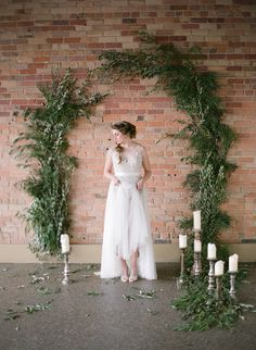Photography : Almond Leaf Studios Read More on SMP: http://www.stylemepretty.com/little-black-book-blog/2015/04/02/organic-elegant-wedding-inspiration/