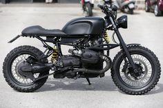 BMW R1150R Street Tracker by Cafe Racer Napoli #motorcycles #streettracker #motos | caferacerpasion.com