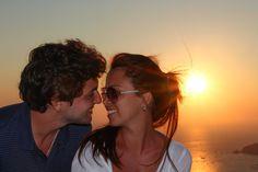 http://www.esteesmilook.com/santorini-sus-romanticos-atardeceres/