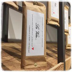 nella settimana dei grandi ritorni  salutiamo l'arrivo della tavoletta di cioccolato più romantica che ci sia  disponibile #fondente e #allatte a 3 euro al pezzo