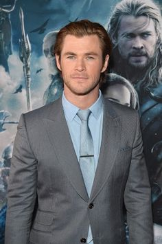 Chris Hemsworth (Thor) on the red carpet at the Thor: The Dark World premiere #ThorDarkWorldEvent