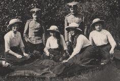 OTMA on holiday, 1913. High quality photo by Tatiana Z. TheMauveRoom