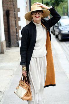 Gitte Lee, 77  ➭ Style Is Eternal  #DressYourAgeWhatAge? #SayNoToAgingGracefully #AgeWithGusto