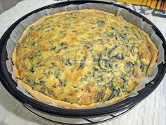 pastel de espinacas... Ummmmm Quiche, Breakfast, Desserts, Kitchen, Food, Spinach, Easy Food Recipes, Delicious Food, Dinner