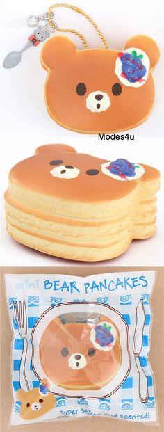 Mini-Squishy Blaubeer-Pfannkuchen in Bärchenform von Puni Maru Mini Crepe, Kawaii Plush, Squishy Kawaii, Balle Anti Stress, Cute Squishies, Stress Toys, Rilakkuma, Cute Bears, Cute Food