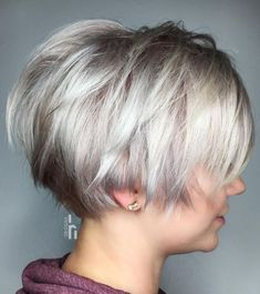 The long pixie cut is a great way to take your short hair to the next level. Its variants suit different face shapes, hair types, and personalities. Check out the best long pixie haircut ideas in pictures to get inspired! Bob Hairstyles For Fine Hair, Haircut For Thick Hair, Short Haircuts, Gorgeous Hairstyles, Medium Hairstyles, Braided Hairstyles, Wedding Hairstyles, Short Hair Cuts For Women, Short Hair Styles
