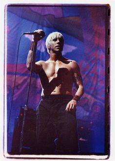 Anthony Kiedis, Woodstock 99 | Sam Erickson Anthony Keidis, Monica Belluci, Male Icon, John Frusciante, Rock Artists, Denise Richards, Wonderwall, Stuffed Hot Peppers, Chilis