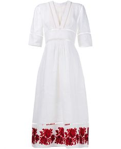 This red and white Zimmermann 'Roza Border' paneled linen dress encapsulates the Australian label's feminine and dreamlike aesthetic. A new season piece, this breezy frock has been designed from pure linen and boasts a fitted bodice complete with a flattering v-neckline, elbow-length sleeves and a ladder insert trim through the neckline, shoulders and sleeves. The a-line skirt has been cut with a midi length whilst the hemline has been accented with an intricate red rose embroidery and…