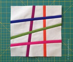 Pick Up Sticks quilt block tutorial, nice detailed instructions. I admired this quilt pattern at the Auburn Quilt Show Color makes a huge difference. Strip Quilts, Scrappy Quilts, Mini Quilts, Patchwork Quilting, Quilting Tips, Quilting Tutorials, Quilting Projects, Quilting Designs, Modern Quilt Blocks