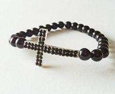 Black side way cross bracelet by Pulserita on Etsy #diy
