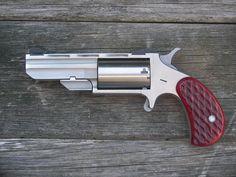 Awesome Guns, Cool Guns, North American Arms, Single Action Revolvers, Pocket Pistol, Gun Holster, Weapon Concept Art, Guns And Ammo, Survival Kit
