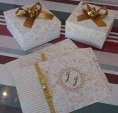 Convite floral para bodas de ouro.