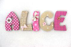 Plaque de porte prénom lettres en bois Thème Merveilles : Décoration pour enfants par o-cocon-9