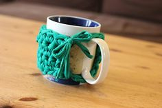 **Click here to get your free Chunky Mug Cozy crochet pattern** …made from Boodles Textile Yarn…