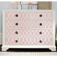 What lamp for my living room? Baby Furniture Sets, Cute Furniture, Painting Wooden Furniture, Refurbished Furniture, Retro Furniture, Upcycled Furniture, Furniture Makeover, Antique Furniture, Furniture Stencil