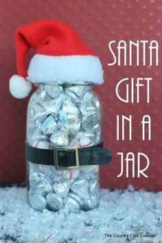 DIY Christmas Gifts for Friends and Family! Santa Gift in a Jar | http://diyready.com/60-cute-and-easy-diy-gifts-in-a-jar-christmas-gift-ideas/