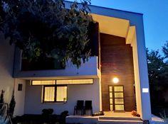 Casa de vanzare cluj napoca iris 646829 | Piata AZ Home Fashion, Villas, Iris, Mansions, House Styles, Home Decor, Decoration Home, Manor Houses, Room Decor