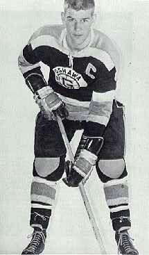 Bobby in the Juniors for the Oshawa Generals. Hockey Pictures, Bobby Orr, Boston Bruins Hockey, Good Old Times, Boston Sports, Sports Figures, Hockey Players, Nhl, Superstar