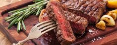 Easy Roast Beef Recipe, Cooking Roast Beef, Roast Beef Recipes, Grilled Chicken Recipes, Grilled Beef, Oven Roasted Steak, Roast Beef And Potatoes, Beef Steak, Roast Steak