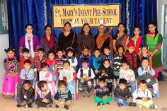 Tiny tots posing with guests and staff at Display Your Talent 2015 #SMIPS #StMarysInfantPreSchool #st_marys_infant_pre_school_jammu #DisplayYourTalent #preschoolactivities #preschools_in_jammu #grouppicture