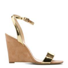 Metalic gold wedge needed in every arsenal Gold Wedges, Gold Sandals, Wedding Wedges, Wedding Shoes, Bridesmaid Wedges, Bridesmaids, Wedge Shoes, Strappy Shoes, Strappy Wedges