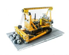 Caterpillar D7 built in Meccano by Rob Kirk (20 pieces)