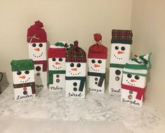 This Snowman Family wooden sign is just one of the custom, handmade pieces you'll find in our home & living shops. Hanger Christmas Tree, Snowman Christmas Decorations, Christmas Craft Projects, Christmas Wood, Christmas Gifts For Kids, Holiday Crafts, Christmas Ideas, Christmas Pizza, Christmas Candle