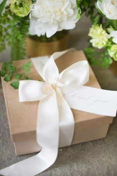 THANK YOU GIFT BOX Marigold & Grey creates artisan gifts for all occasions. Wedding welcome gifts. Workshop swag. Client gifts. Corporate event gifts. Bridesmaid gifts. Groomsmen Gifts. Holiday Gifts. Order online or inquire about custom gift design. http://www.marigoldgrey.com Image: Lisa Ziesing Photo