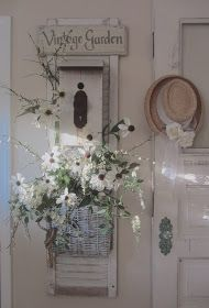 Shabby Chic Home Decor Country Chic Cottage, Shabby Chic Cottage, Shabby Chic Style, Shabby Chic Decor, Cottage Style, Country Decor, Farmhouse Decor, White Cottage, Summer Porch Decor