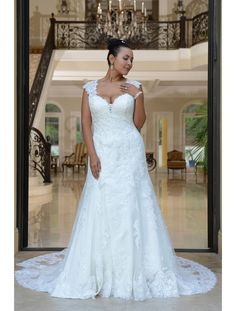 b1a51184278 Theresa - Romantic princess gown with a lace bodice
