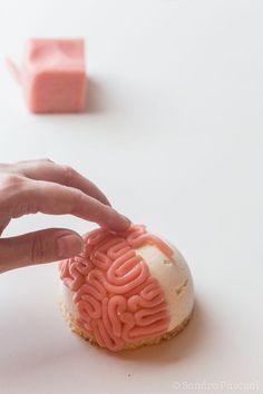Comment réaliser des Cervelles de Zombies facilement avec de la pâte d'amande!