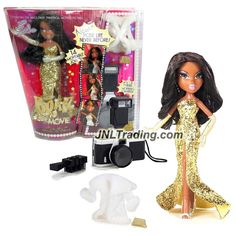 MGA Entertainment Bratz The Movie Series 10 Inch Doll Set - Movie Stars SASHA in Golden Dress with White Jacket, Gloves, Purse, Hairbrush and Camera
