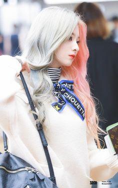 Hair Plus Bare – The sexy hair is only the beginning Korean Beauty Girls, Korean Girl, Asian Girl, Kpop Girl Groups, Kpop Girls, Pretty Asian, Cute Korean, Female Singers, Girls Dream