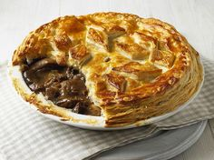 It& British Pie Week. Celebrate with 25 of the Best Pie Recipes: 25 Delicious British Pies - Sweet and Savoury Venison Pie, Beef Pies, Scottish Recipes, Irish Recipes, English Recipes, English Meat Pie Recipe, British Meat Pie Recipe, British Food Recipes, Russian Recipes