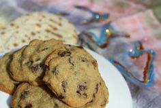 The Best Passover Chocolate Chip Cookies - Joy of Kosher Passover Desserts, Passover Recipes, Jewish Recipes, Passover Food, Jewish Desserts, Delicious Cookie Recipes, Yummy Cookies, Comida Judaica, Desserts