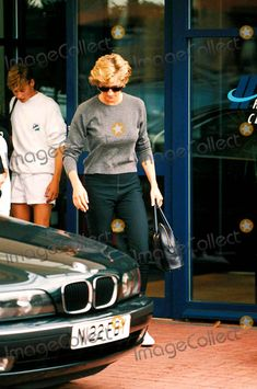 Princess Diana with Prince William at the Chelsea Harbbour Club Photo: Dave Chancellor-alpha-Globe Photos Inc 1996