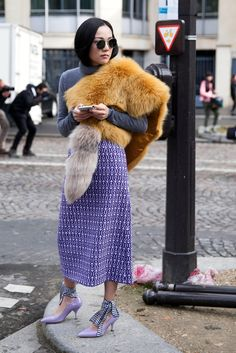 Comfort Was the Street Style Key On The Last Day Of Fashion Month - Fashionista Street Chic, Street Wear, Street Styles, Quirky Fashion, Paris Fashion, Tokyo Fashion, Street Fashion, Luxury Fashion, Street Style