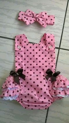 Sewing patterns romper outfit 47 Ideas – Best for Kids Baby Girl Romper, Little Girl Dresses, Baby Dress, Baby Sewing Projects, Sewing Tutorials, Sewing Patterns, Sewing Designs, Dress Patterns, Trendy Outfits