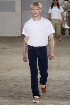 Julien David Spring 2018 Menswear Fashion Show Collection